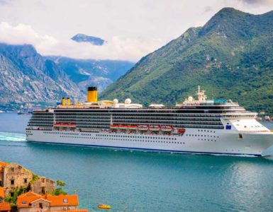 cruise ship vacation